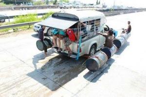thai_flood_hacks_09