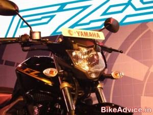 Yamaha-FZ-S-V2-Pics-headlamp