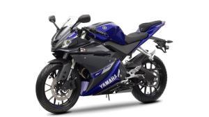 2014-Yamaha-YZF-R125-EU-Race-Blu-Studio-007