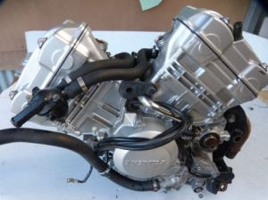 mesin v-twin cbr250r