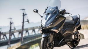 2014-Yamaha-T-MAX-ABS