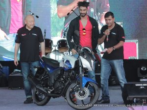 800x600xYamaha-SZ-RR-version-2.0.jpg.pagespeed.ic.KKf_64mjGC