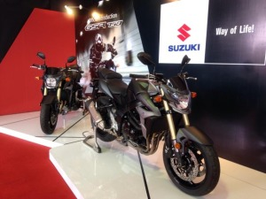 suzukiGSR750-malaysia