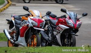 Honda-CBR150R_vs_Yamaha_R15-17