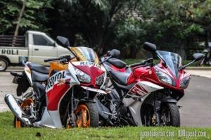 Honda-CBR150R_vs_Yamaha_R15-18
