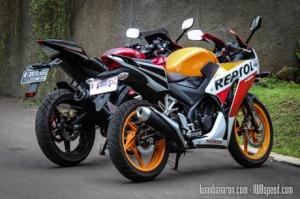 Honda-CBR150R_vs_Yamaha_R15-20