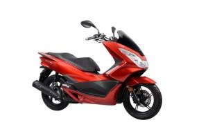 2015-Honda-PCX-150-004-640x427