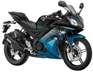 Yamaha-R15-Streaking-Cyan-600x460