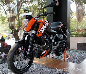 KTM-Duke-200-4