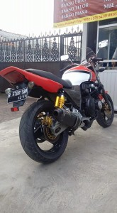 honda cb400 superfour 1