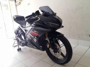 Yamaha R15 modif R25