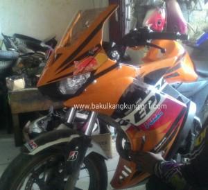 honda-cb150-modif-fairing-r25