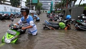 Motor dan Banjir Bikin Ampibike