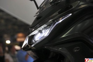 kymco-ak550-headlamp-led
