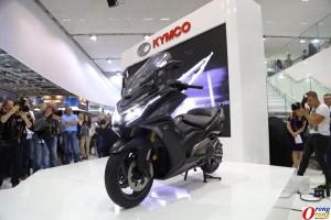 kymco-ak550