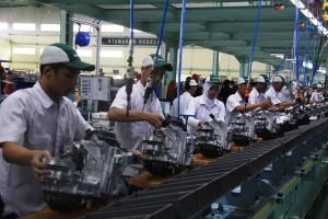 proses-produksi-di-pabrik-baru-ahm-karawang-20141212105535-6701