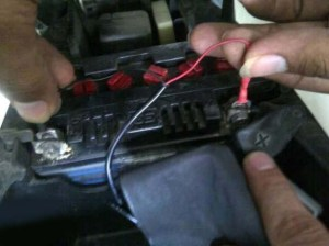 charger-hp-di-motor-murah